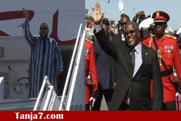 الملك مغادرا تنزانيا