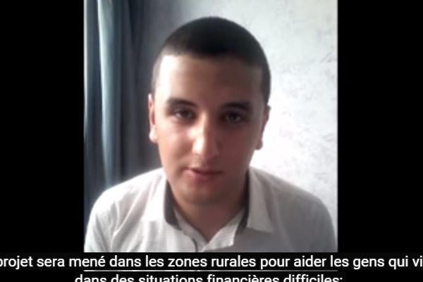 طالب طنجاوي يشارك في مسابقة دولية ويطلب تصويتكم